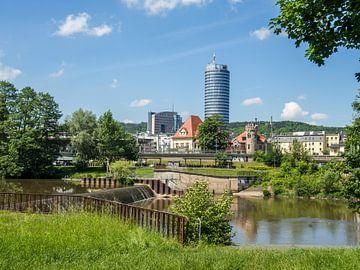 Uitzicht over de stad Jena in Thüringen van Animaflora PicsStock