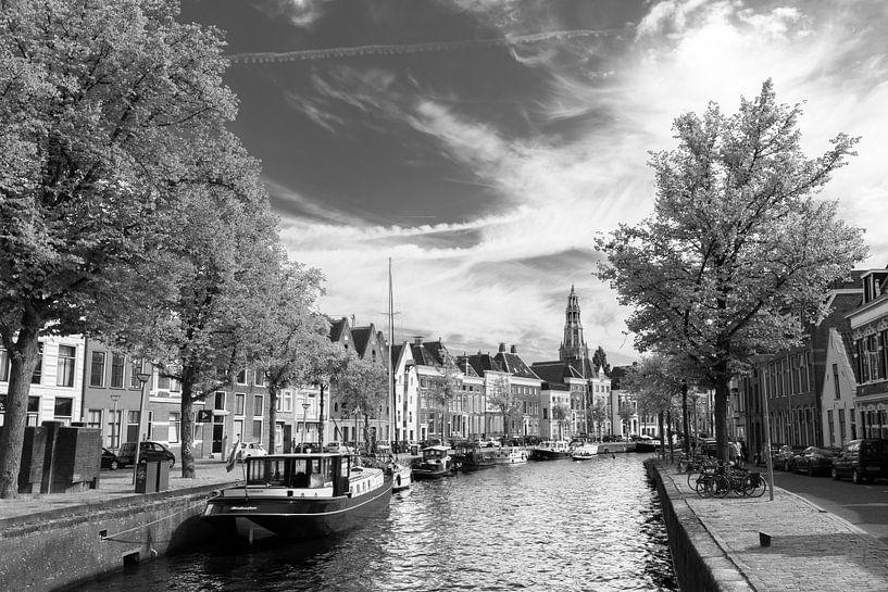 Hoge en Lage der Aa (zwart/wit) van Iconisch Groningen