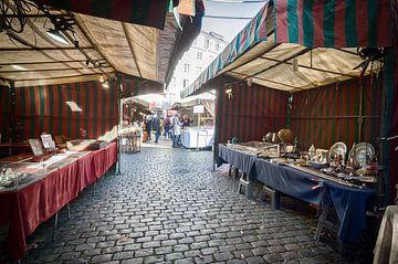 Antiekmarkt in Brussel van Mark Bolijn