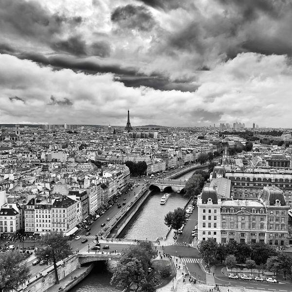 PARIS 12 van Tom Uhlenberg