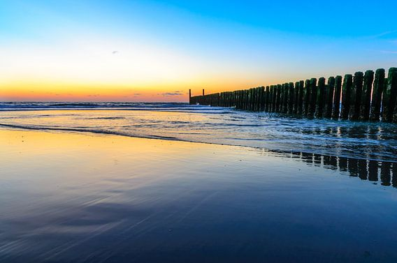 Zee bij Domburg bij zonsondergang