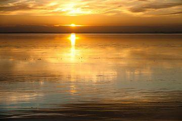zonsondergang op het wad von Geertjan Plooijer