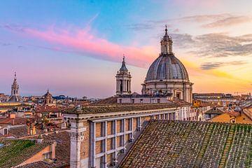 Rome, zonsondergang bij het Museo di Roma van Michiel Ton