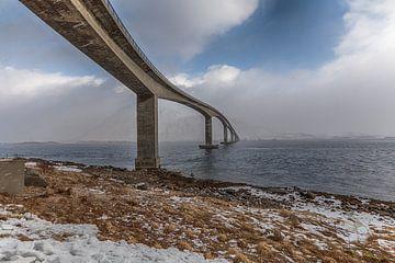 Über die Brücke auf die andere Seite von Riccardo van Iersel