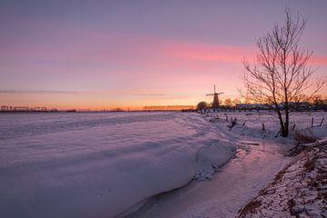 Molen in de sneeuw van Moetwil en van Dijk - Fotografie