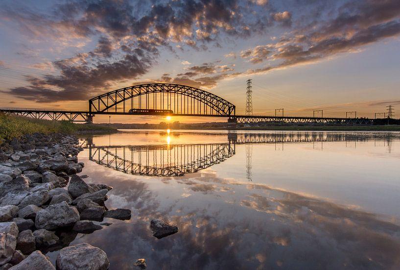 Brug Spoorbrug over de Rijn bij Arnhem van Sander Grefte