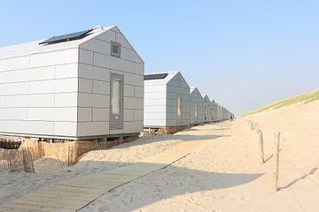 Weiße Strandhäuser von Harry Wedzinga