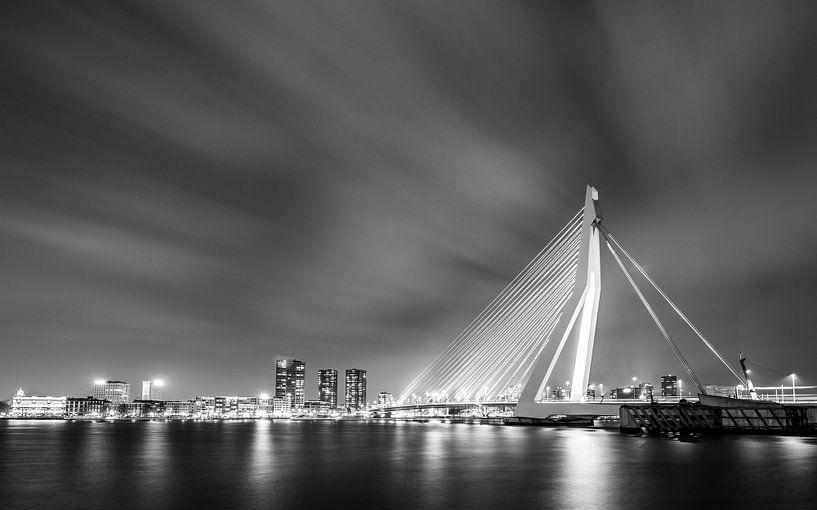 Erasmusbrug Rotterdam van Henk Verheyen