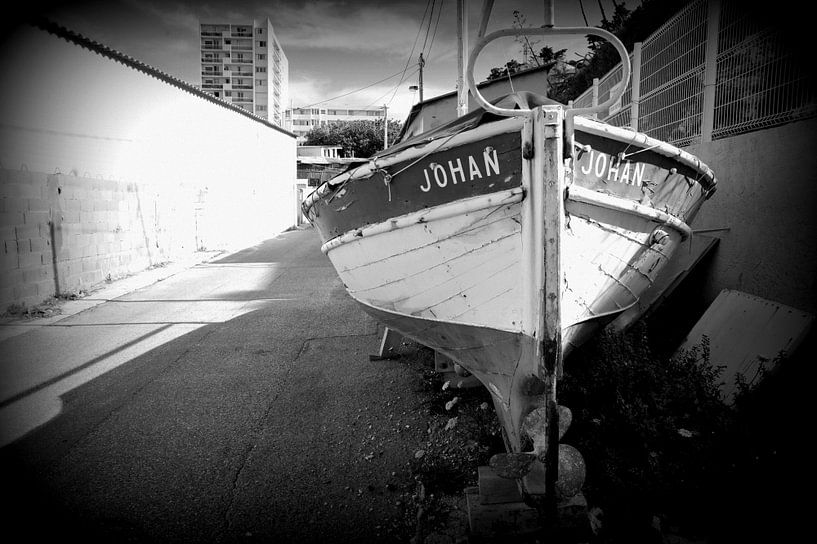 Barque de pêche van Martine Affre Eisenlohr