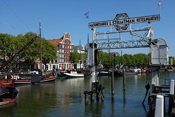 Dordrecht, Wolwevershaven van Bert Bouwmeester