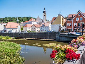 Gezicht op de stad Schwandorf in Beieren van Animaflora PicsStock