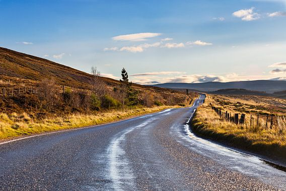 Schotse weg na een regenbui