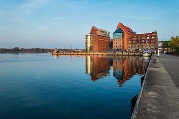 Blick auf die Silohalbinsel in Rostock sur Rico Ködder
