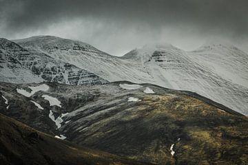 Stimmungsvolle isländische Landschaft von Holly Klein Oonk