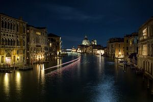 s Nachts op het Canal Grande van Sabine Wagner