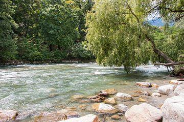 De Passer rivier in Meran van Aukelien Minnema