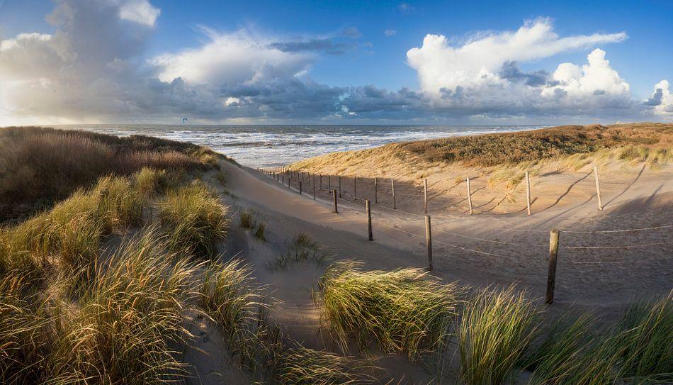 strand en duinen - stormlucht