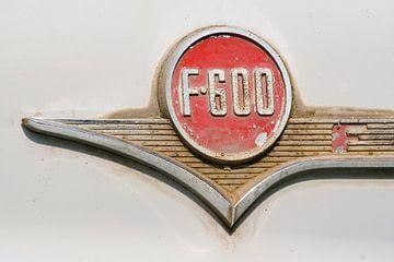 Embleem van Ford F 600 von Alice Berkien-van Mil