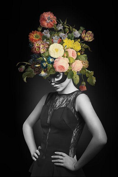 I am Woman, See me Bloom von Marja van den Hurk
