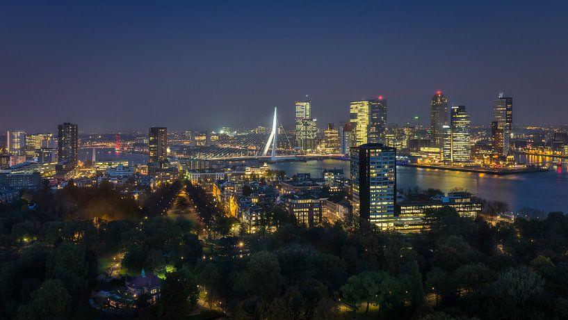 Rotterdam Skyline van Edwin Mooijaart