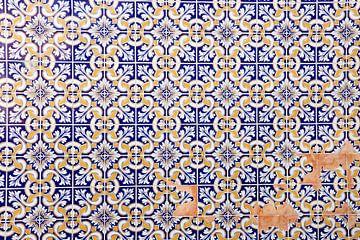 tegel muur in Portugal von laura van klooster