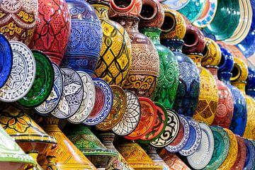 Mehrfarbige Töpferei - Marrakesch - Marokko von Marianne Ottemann - OTTI