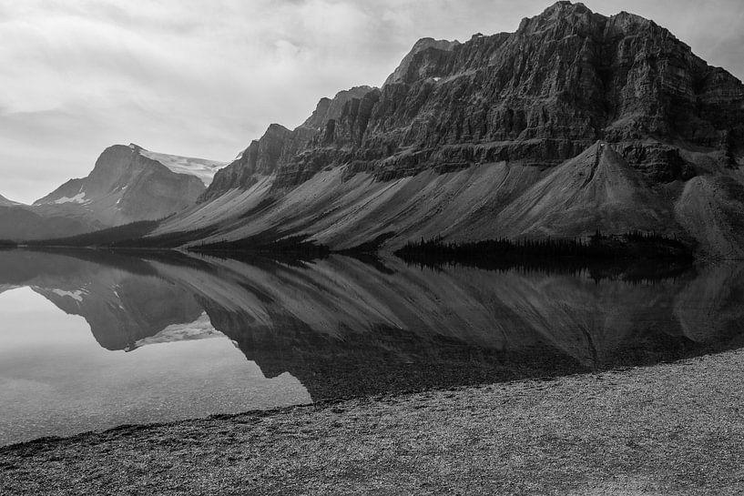 Mooie weerspiegeling in Canada van Abra van Vossen