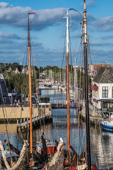Uitzicht op de plezierjachthaven van Harlingen