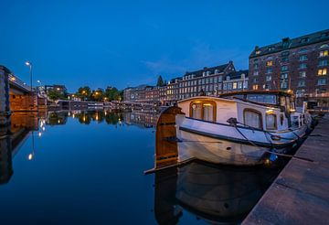 Maastricht Bassin Blue Hour van Danny Bartels