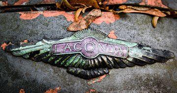 Lagonda, auto embleem van Jolanda van Straaten
