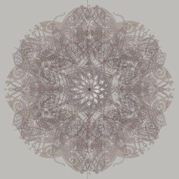 Kaleidoscoop, taupe van Rietje Bulthuis