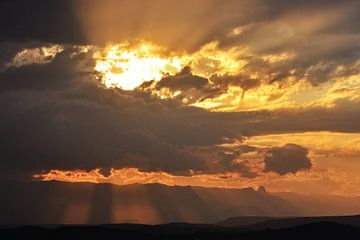 Sonnenuntergang in Südafrika von Rolf Linnemeijer