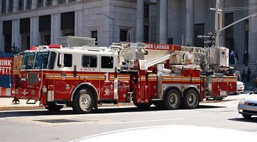 New York City Brandweerauto (NYFD, Ladder 1, USA) van Maurits Simons