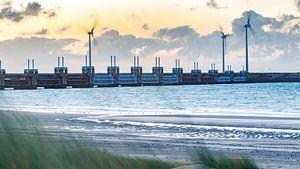 Oosterscheldekering tijdens zonsopkomst van Fotografie in Zeeland