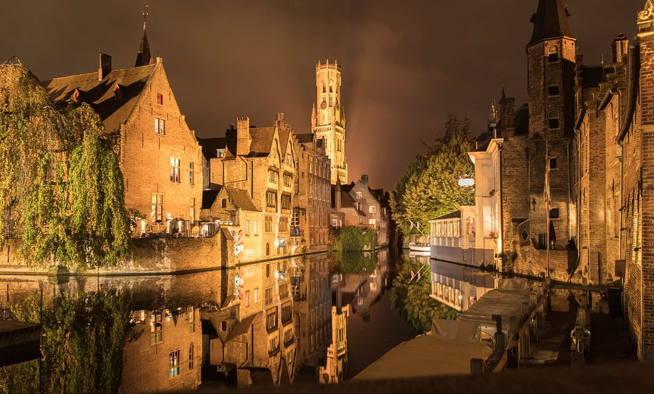 Rozenhoedkaai in Brugge, België