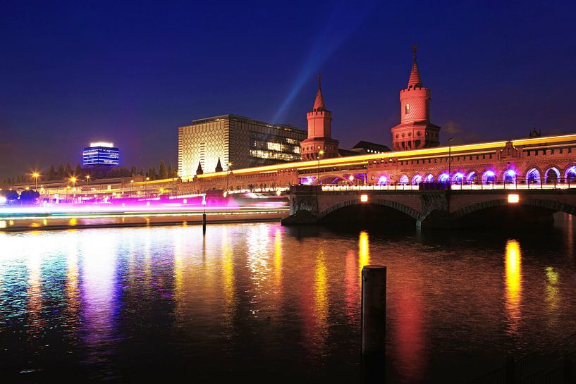 Oberbaumbrücke Berlijn bij nacht van Frank Herrmann