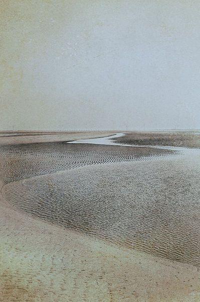 Zand en water 2 van Anouschka Hendriks