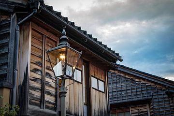 Historisch straatje in Japan van Marcel Alsemgeest