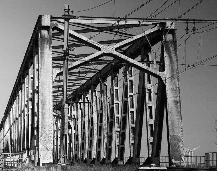 Eisenbahnbrücke Moerdijk Brabant von Kuifje-fotografie