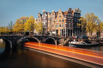 Canal à Amsterdam (Jordaan), Pays-Bas sur Lorena Cirstea