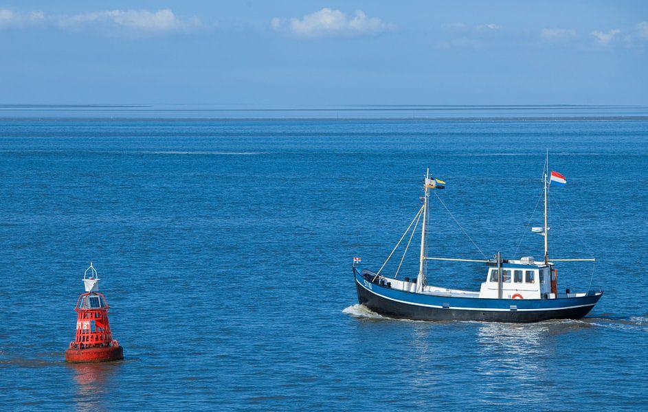 Garnalenvisser op de Waddenzee.
