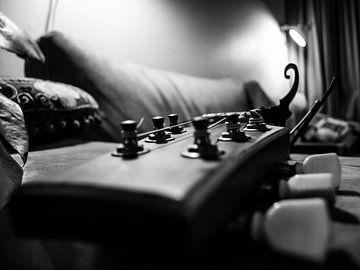 Een luie gitaar van Martijn Wit