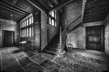 Een oud verlaten kasteel van Steven Dijkshoorn