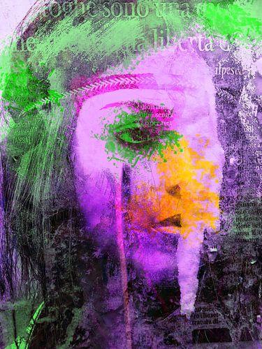The woman with the green splash van Gabi Hampe
