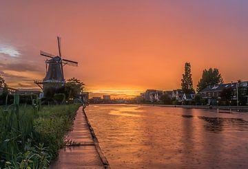 molen met zonsondergang von Marcel Groen