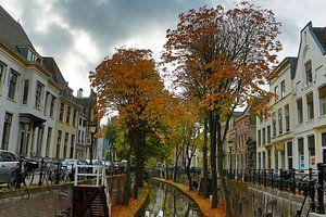 Zicht op de Nieuwegracht Utrecht van