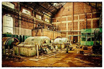 Verlassene Kompressorhalle Kohlebergwerk Attic (B) von Marianne Dirix