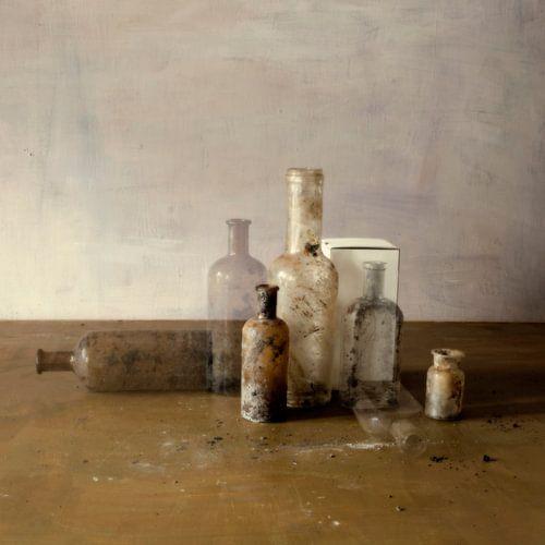 Stilleven met flesjes van Marion Kraus