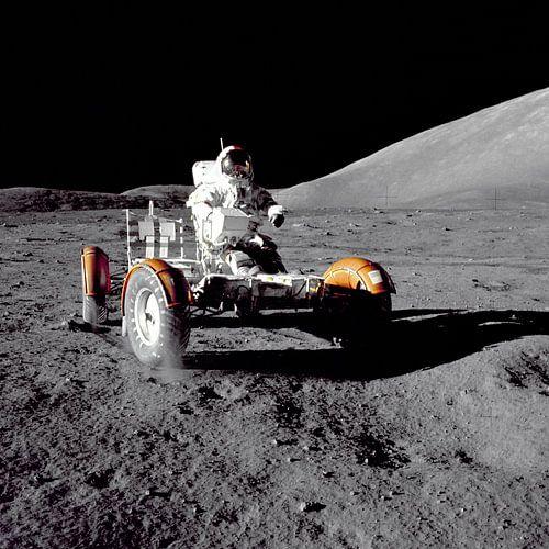 Astronaute dans le Rover sur Digital Universe