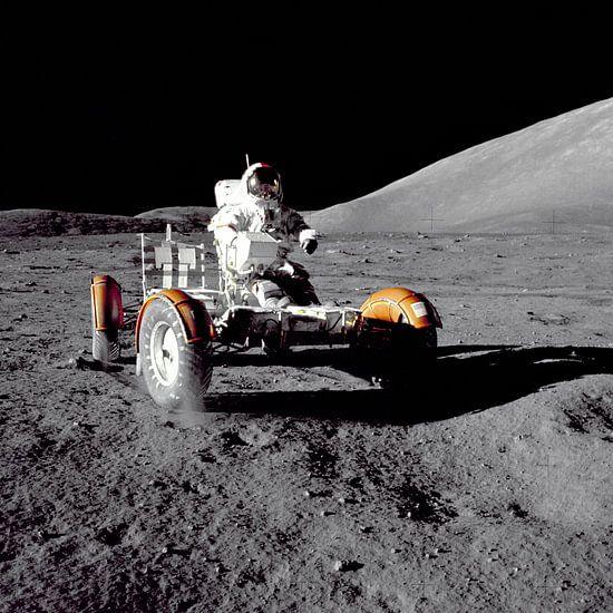 Astronaut in de Rover